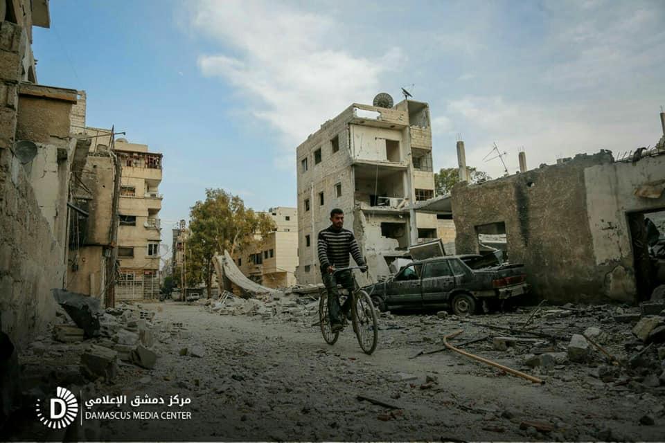 نشرة أخبار سوريا- خسائر فادحة للنظام على جبهتي حوش الضواهرة والمشافي بريف دمشق، واستمرار القصف على الغوطة في رابع أيام الهدنة -(28-2-2018)