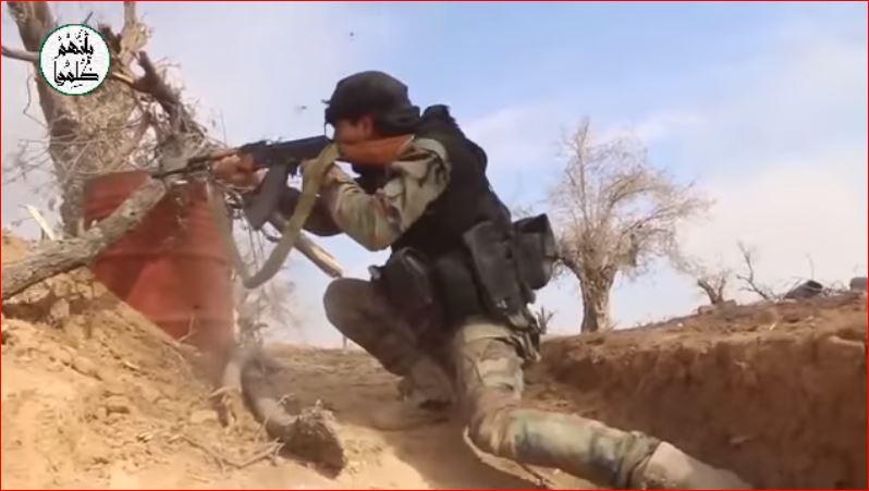 الثوار يستنزفون قوات النظام على جبهة المشافي بحرستا