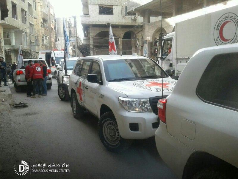 قافلة مساعدات تدخل الغوطة بلا مواد طبية