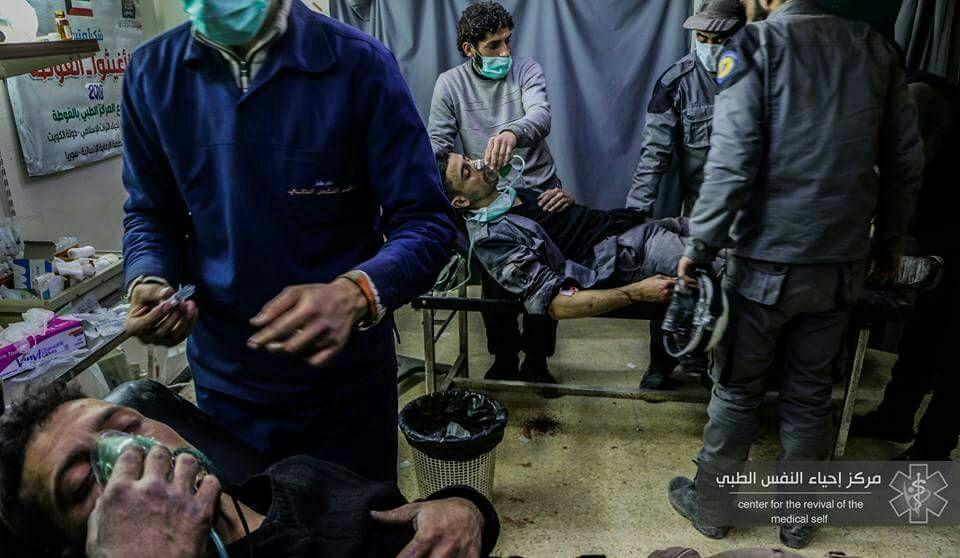 أكثر من 100 شخص حصيلة مجازر أمس في الغوطة، والنظام يستهدف