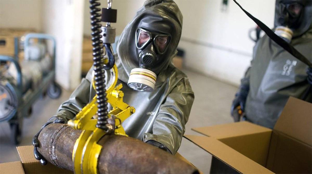فرنسا تجمد أصول 9 شركات لضلوعها بتطوير أسلحة كيماوية لنظام الأسد