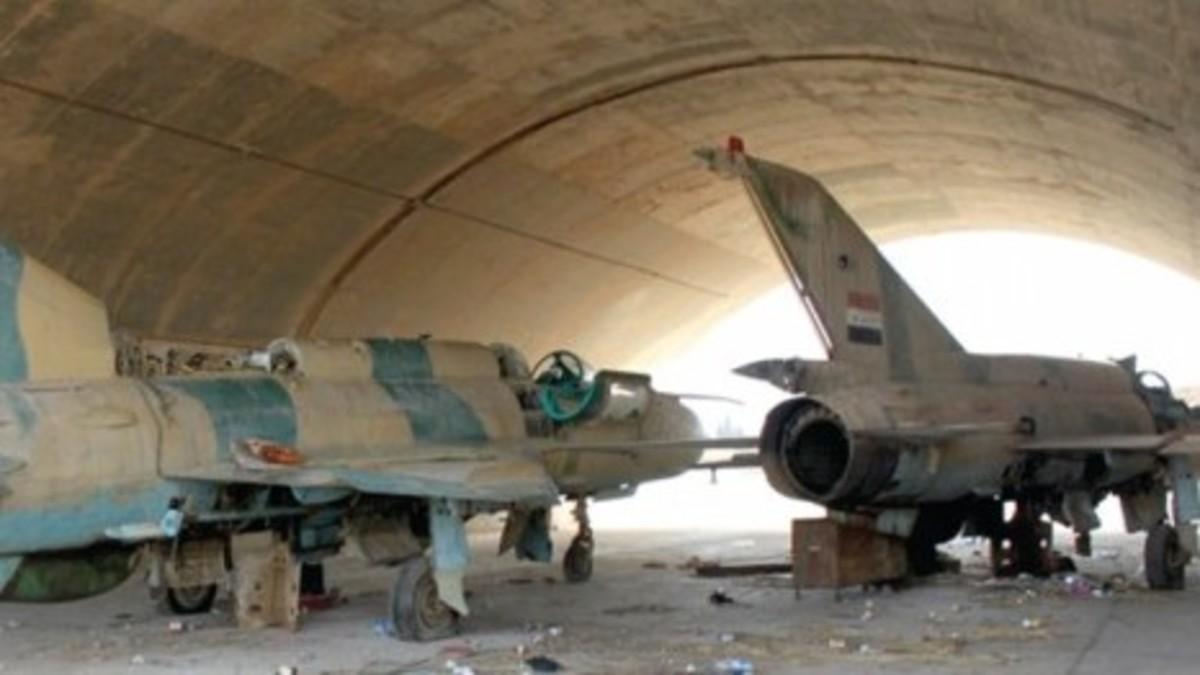 نشرة أخبار سوريا- إسرائيل تستهدف مطاراً للنظام وسط سوريا، ومشاورات تركية-أمريكية لتحديد مصير منبج -(25-5-2018)