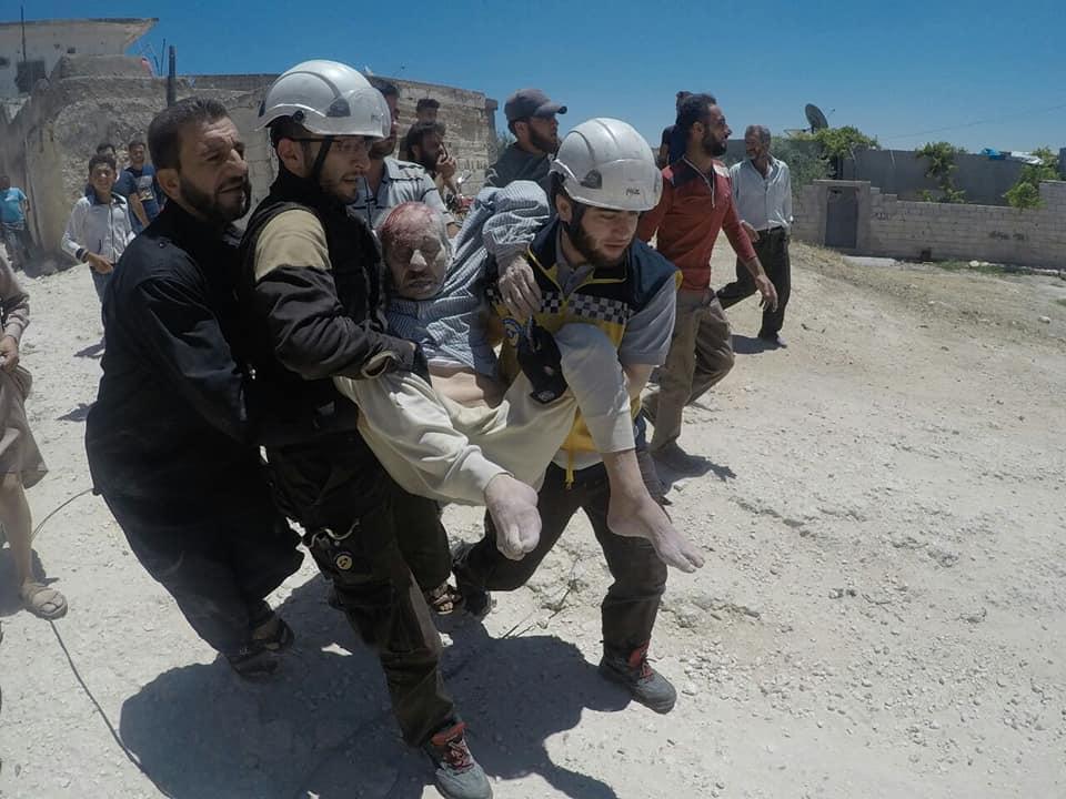 تصعيد غير مسبوق ..الطيران الحربي يستهدف ريف إدلب بعشرات الغارات الفراغية