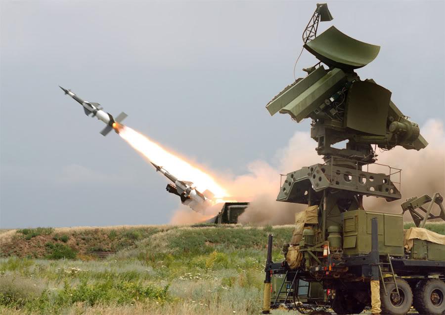 الاحتلال الإسرائيلي يتبنى إسقاط طائرة سوخوي لنظام الأسد قرب الجولان المحتل