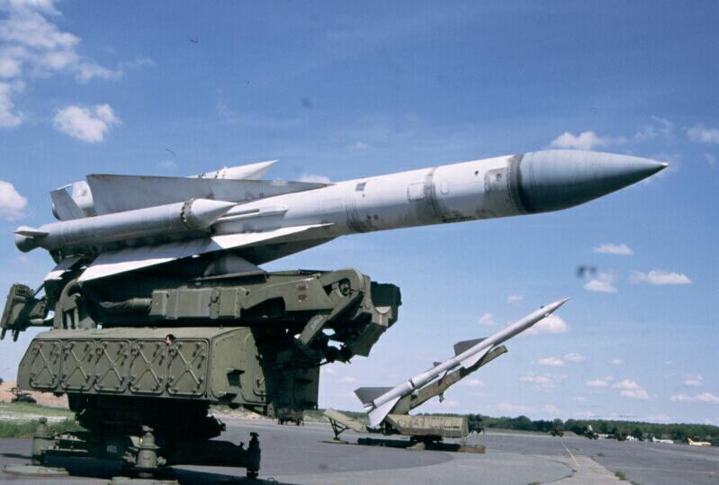 نشرة أخبار سوريا- الاحتلال الإسرائيلي يسقط طائرة لنظام الأسد قرب الجولان، و