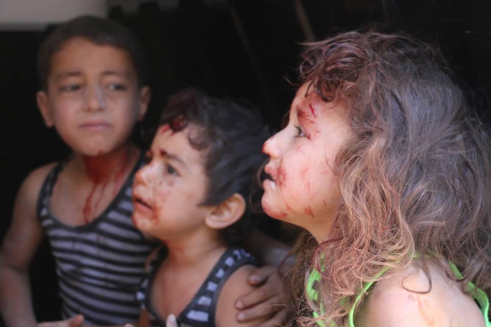 تصعيد غير مسبوق .. قتلى وجرحى جراء قصف جوي على إدلب