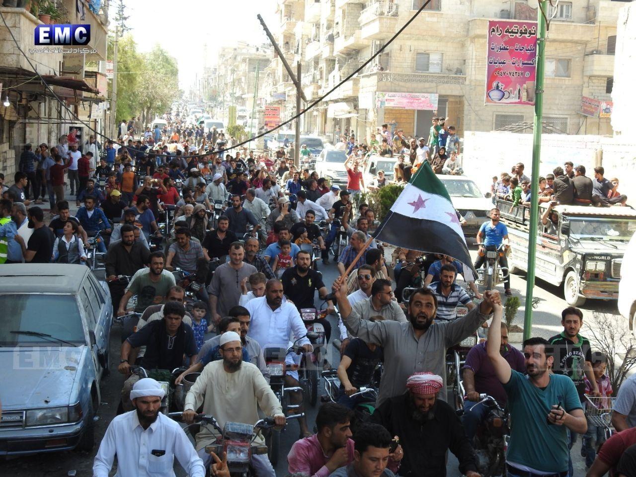 مظاهرات حاشدة رفضاً للحملة الروسية على إدلب