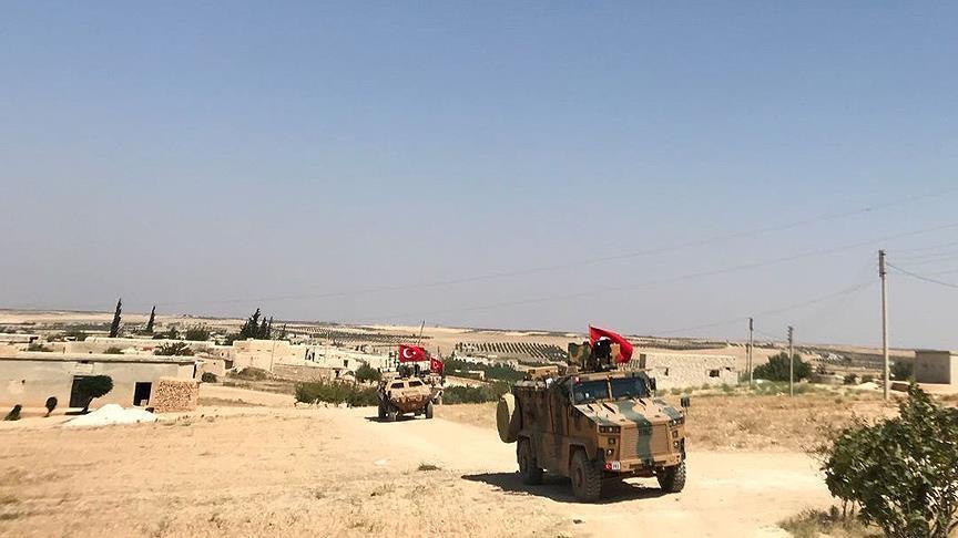 أول دورية أمريكية - تركية تدخل مدينة منبج