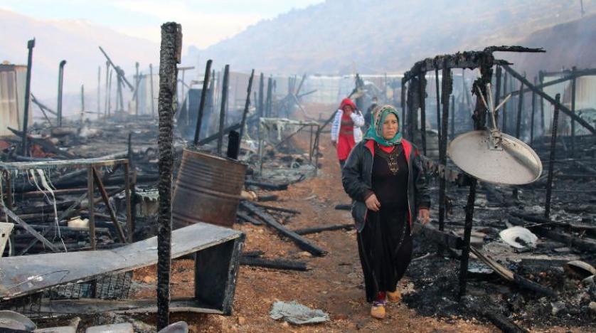 حريق يلتهم مخيماً للاجئين السوريين في البقاع بلبنان