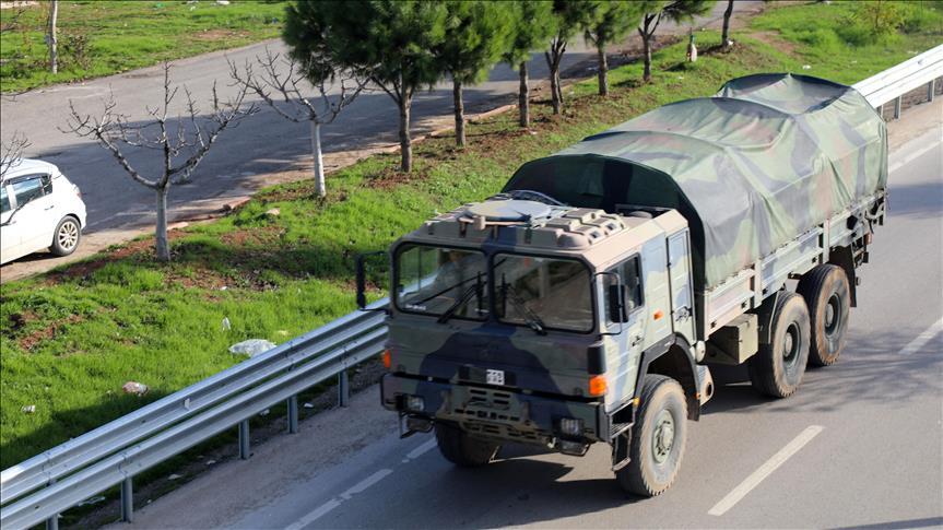 تركيا ترسل تعزيزات عسكرية جديدة إلى