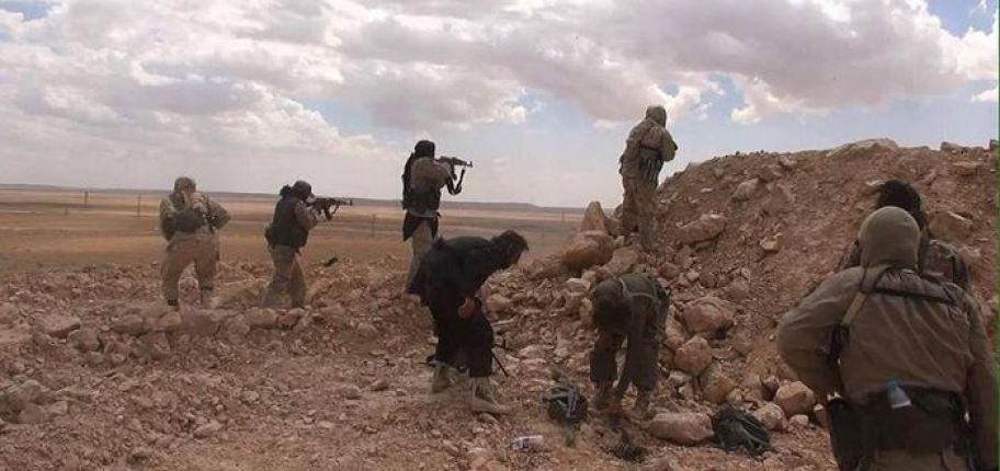 إصابة جنود بريطانيين في هجوم لتنظيم الدولة بريف دير الزور
