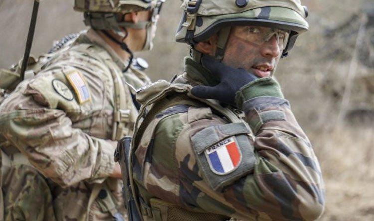 فرنسا تعتزم البقاء في سوريا رغم الانسحاب الأمريكي