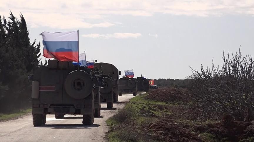 وكالة تركية تكشف عن قيام روسيا بتسيير دوريات عسكرية في محيط منبج
