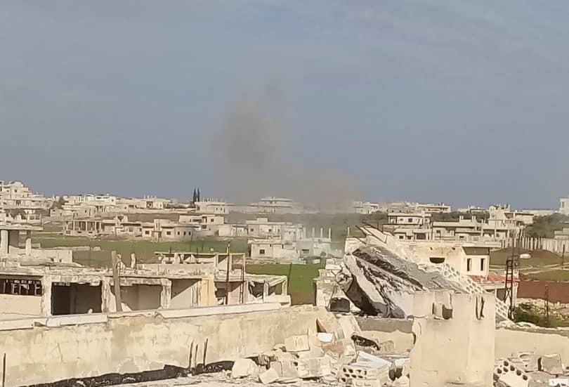 مقتل طفلة في قصف مدفعي على