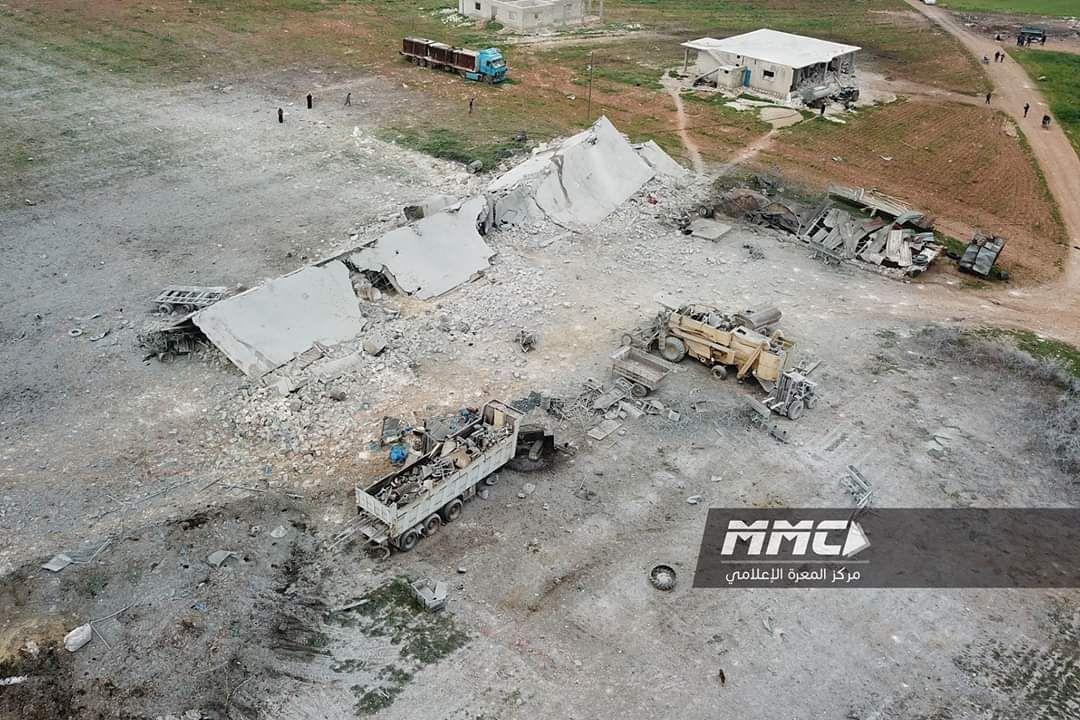 ضحايا في قصف روسي على مخيم للنازحين بريف إدلب