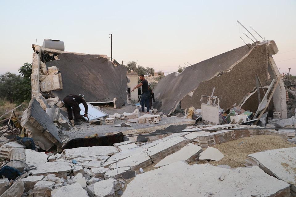 طيران الأسد يرتكب مجزرة مروعة في