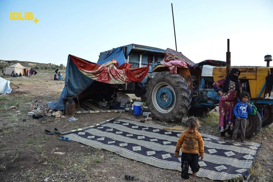 الأمم المتحدة: فرار أكثر من 300 ألف سوري نحو الحدود التركية
