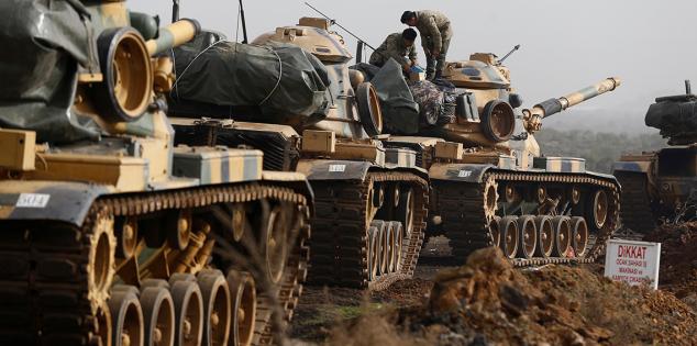 بعد سقوط قذائف في أورفا .. الدفاع التركية تعلن تدمير 7 أهداف في الأراضي السورية