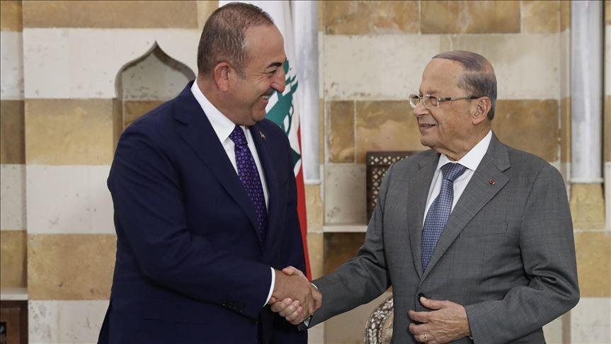 من لبنان: وزير خارجية تركيا يدعو إلى عقد مؤتمر لبحث إعادة اللاجئين السوريين