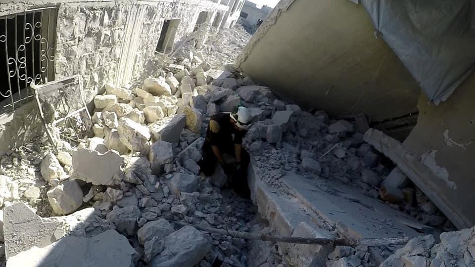 الطيران الروسي-الأسدي يواصل إجرامه، 12 بلدة تحت القصف