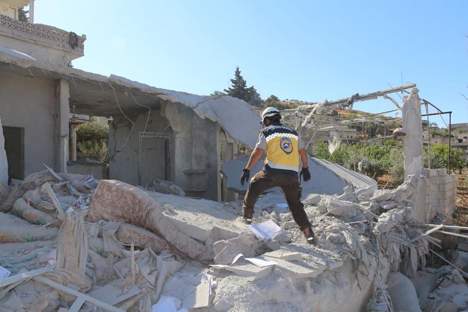 حصاد أخبار الاثنين - غارات جوية تستهدف 12 بلدة في إدلب، وقوات روسية تتمركز بالقرب من نقطة المراقبة التركية بمورك -(26-8-2019)