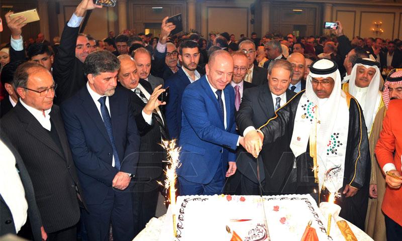 صحيفة: الإمارات دعمت نظام الأسد لوقف انهيار الليرة السورية