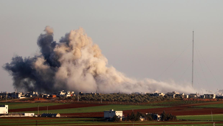 إدلب: مباحثات سياسية تسابق التحشيد العسكري