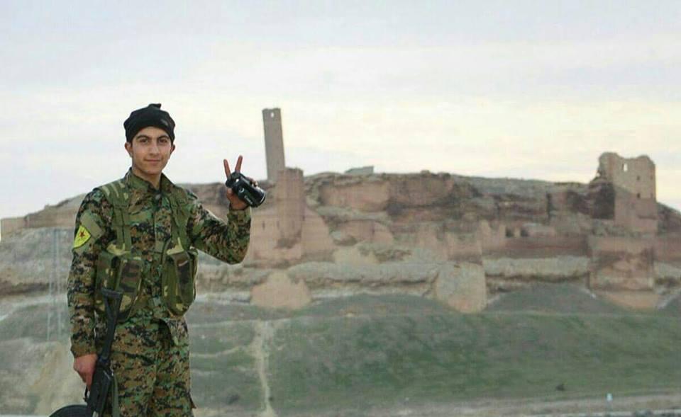 الميلشيات الكردية تسيطر على قلعة