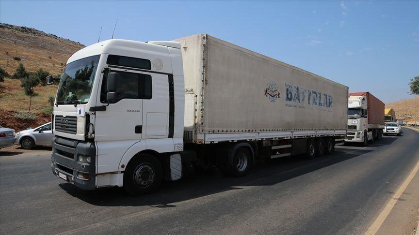 31 شاحنة مساعدات أممية تدخل إدلب