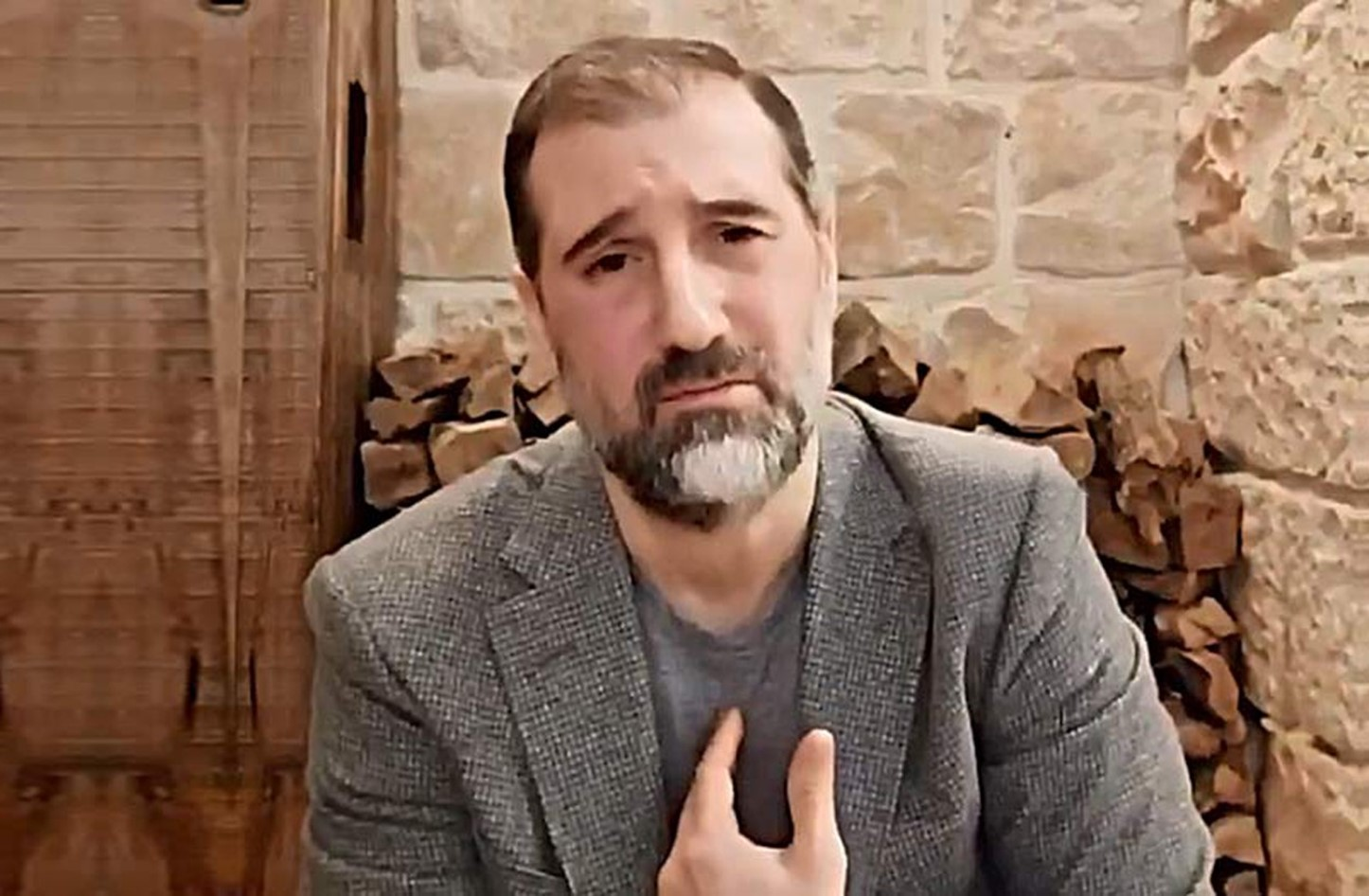 رامي مخلوف..من الفساد إلى الميليشيات حتى السوشال ميديا
