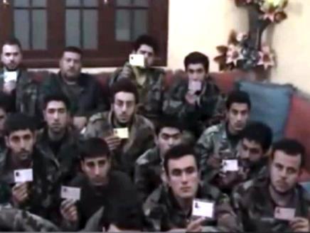 فيديو يوثق حواراً بين متحدث للمنشقين وبين الأسرى حول التمييز لصالح العلويين في الجيش السوري