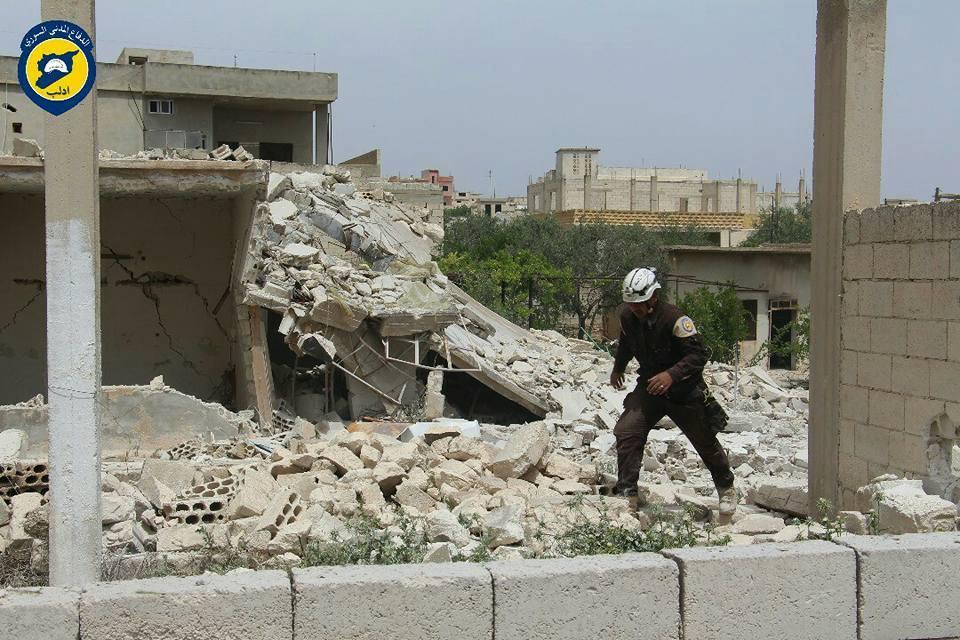 عشرات القتلى والجرحى في قصف هستيري على ريف إدلب