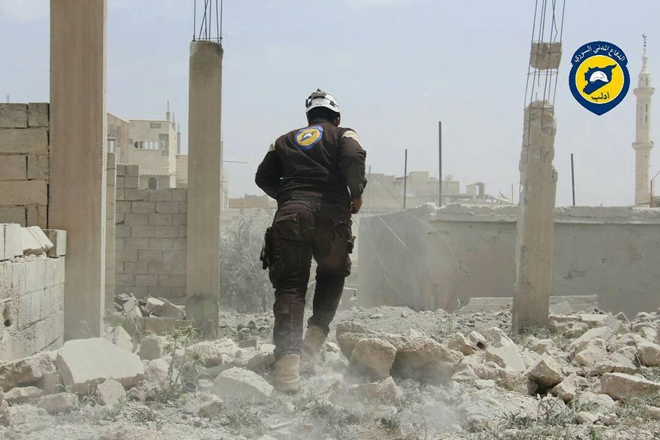 حصيلة: 394 غارة على إدلب خلال شهر، أودت بحياة 435 مدنياً