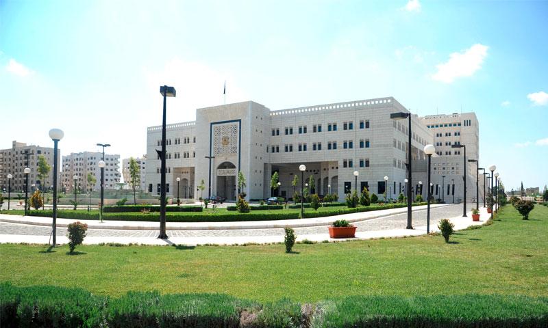 تعديل وزاري في حكومة النظام بعد عام من تشكيلها