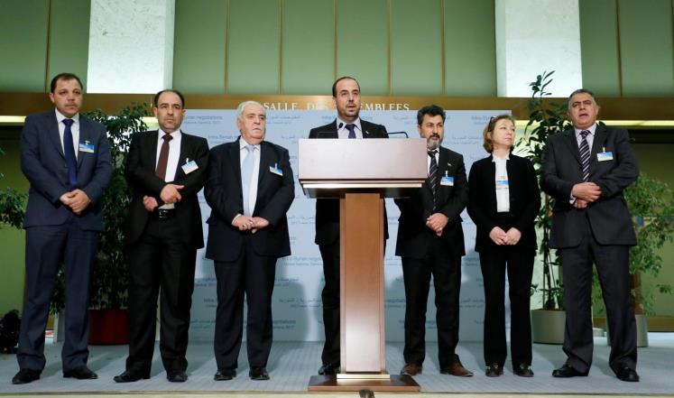 يوم آخر في جنيف: المعارضة تصر على بحث الانتقال السياسي والنظام يراوغ ، ومفاوضات مباشرة مرتقبة بين الطرفين