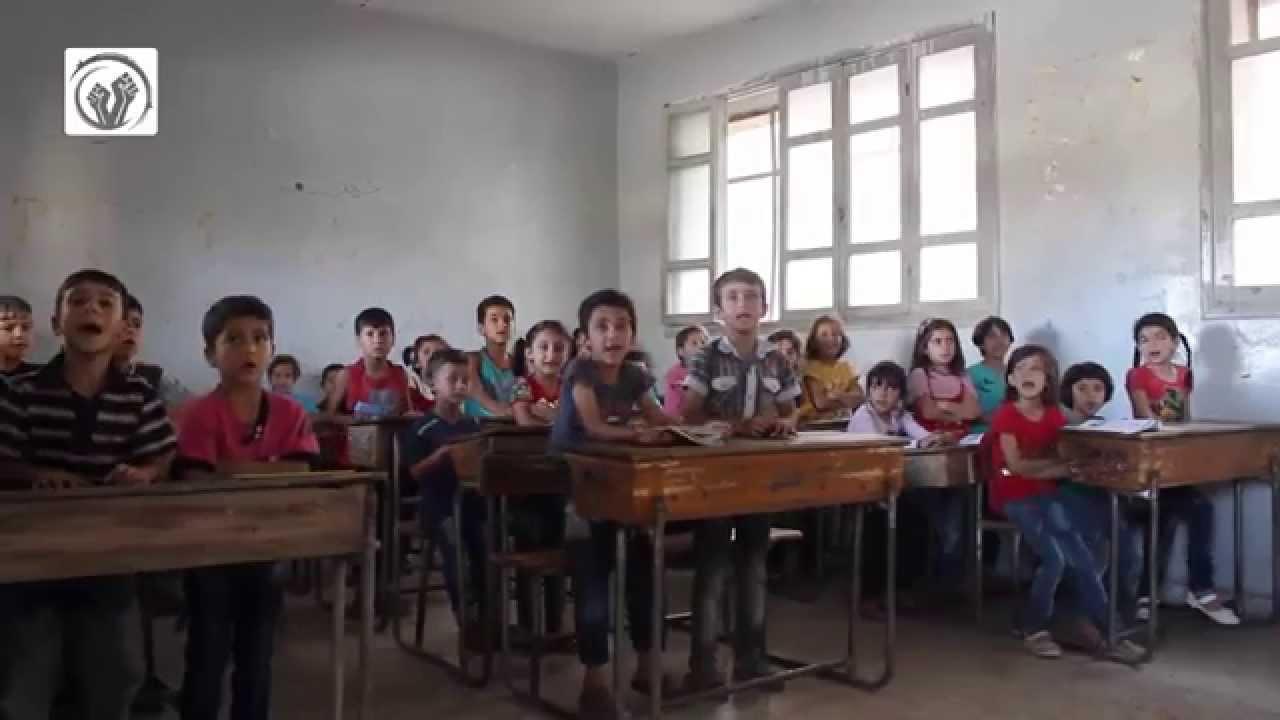 بعد عشرات الغارات على إدلب وأريحا، تعليق الدوام في مدارسها لثلاثة أيام