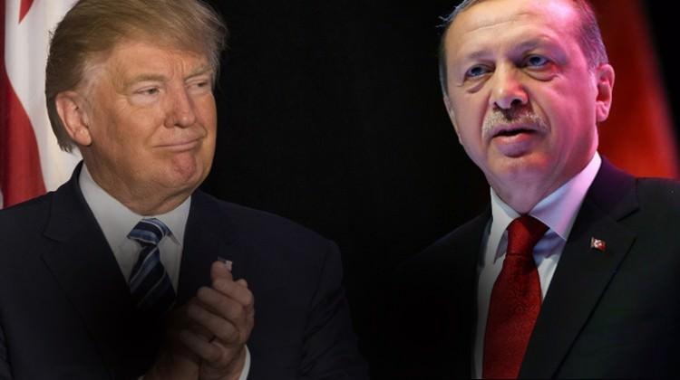 ترامب يخذل أردوغان ويساير «أكراد الأسد»