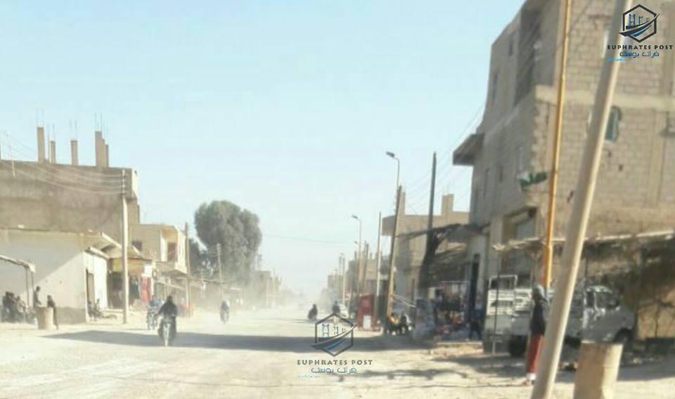 أكثر من 30 قتيلاً و 100جريح في قصف روسي على مدينة الميادين بدير الزور