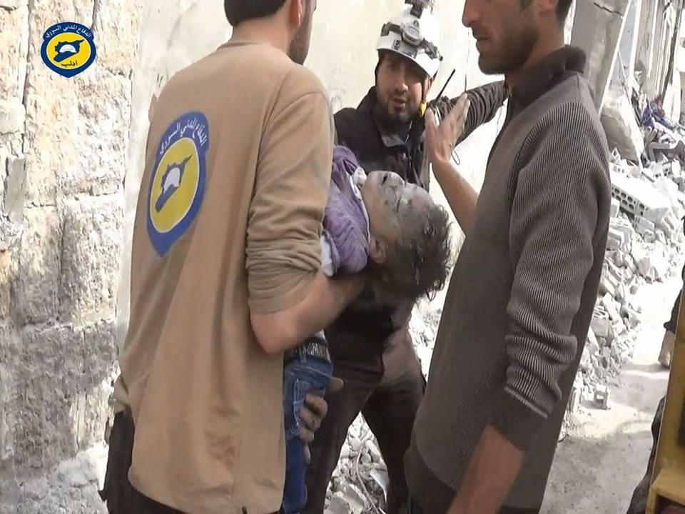 نشرة أخبار سوريا- نظام الأسد وروسيا يتناصفان المجازر في سوريا: عشرات القتلى والجرحى في حمورية وكفرنبل ودارة عزة والميادين -(9-3-2017)