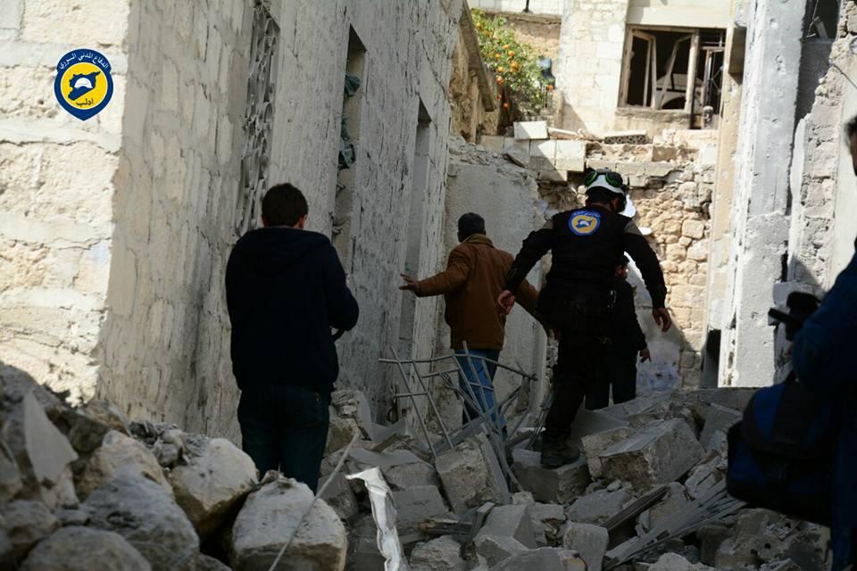 قتلى وجرحى في قصف على جسر الشغور بريف إدلب