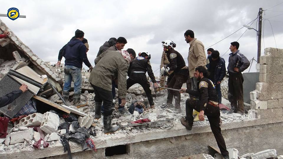 عشرات القتلى والجرحى في قصف