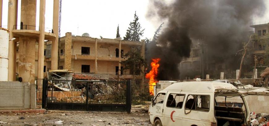 تقرير: طيران روسيا والنظام استهدف 107 مشاف في سوريا خلال العام الماضي
