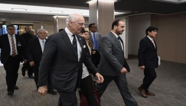 رئيس وفد المعارضة في جنيف: قدمنا رؤيتنا عن الانتقال السياسي لـ دي ميستورا