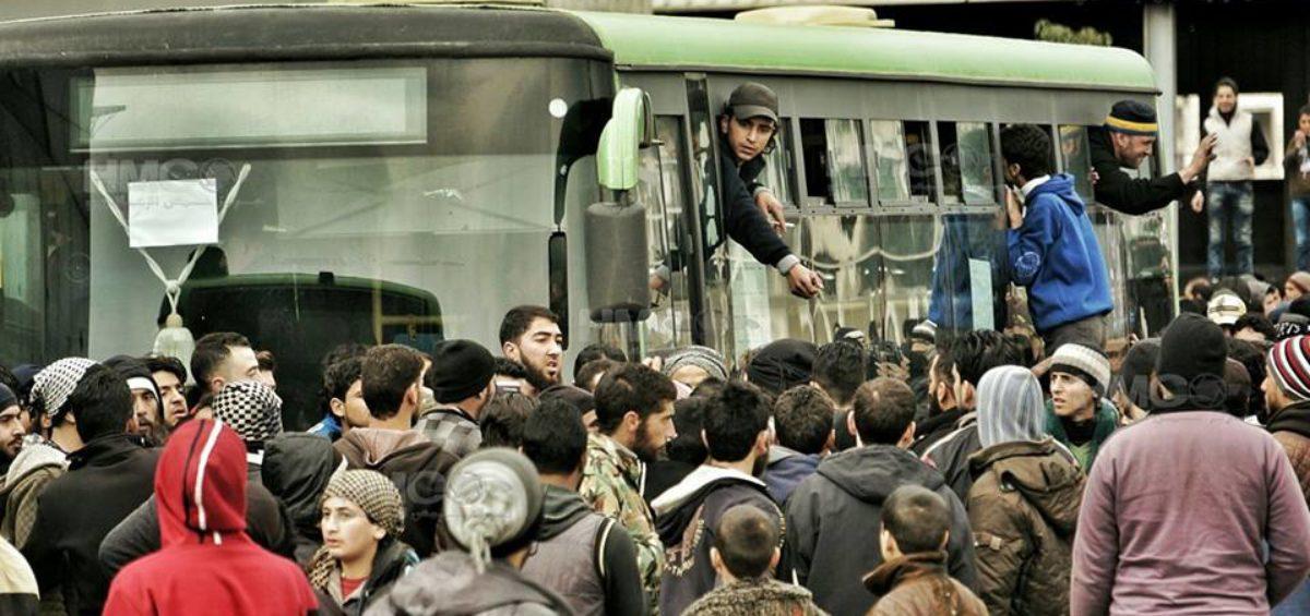 تقرير يوثق انتهاكات النظام في حي الوعر منذ انطلاق الثورة