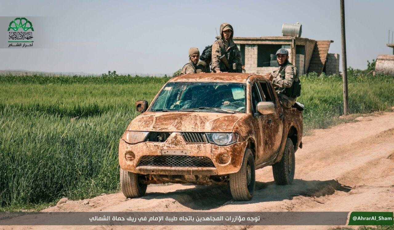نشرة أخبار سوريا- معارك شرسة في ريف حماة الشمالي، وقوات النظام تتكبد خسائر كبيرة أثناء محاولتها التقدم شرق العاصمة -(20-4-2017)