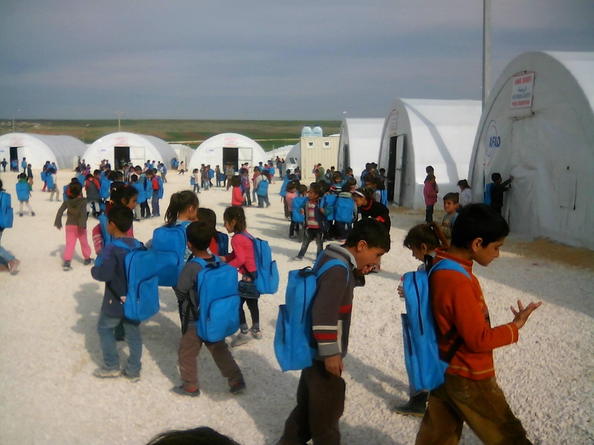 مسؤول في التربية التركية: الفرصة متاحة أمام المدرسين العاملين في المراكز المؤقتة للعمل في المدارس التركية