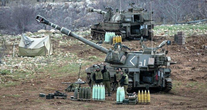 الجيش الإسرائيلي يستهدف مواقع للنظام في ريف القنيطرة