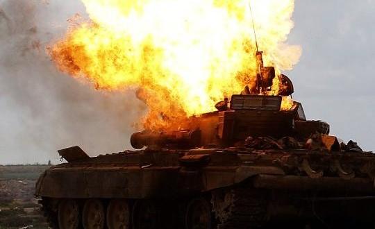 مقتل 25 عنصراً للنظام وتدمير دبابة في ريف حماة الشمالي