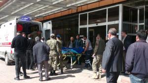 إصابة 4 جنود أتراك إثر استهدافهم من قبل الميلشيات الكردية في منبج