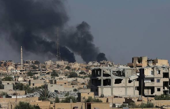 نشرة أخبار سوريا- النظام يمطر بلدات ريف دمشق بالقذائف والصواريخ، والجبهة الجنوبية تلخّص المرحلة القادمة بميثاق شرف -(10-8-2017)